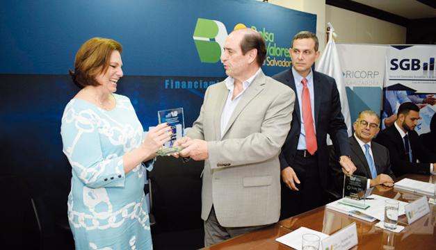 INSA realiza la primera titularización de fondo inmobiliario residencial